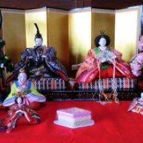 onna-sandai-no-hina-ningyo-300x190